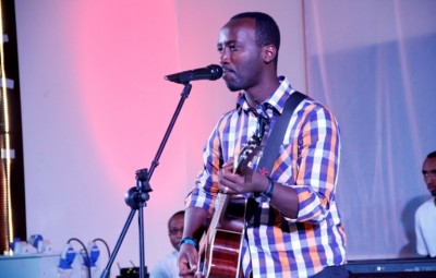 Dudu T. NIYUKURI , a burundian gospel music icon