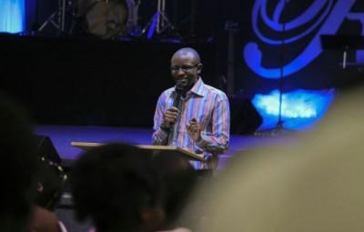 Geoffrey Baluku , Ugandan CLM Bujumbura young pastor © Pha Photography