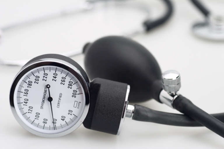 How to avoid hypertension: breaking the family pattern