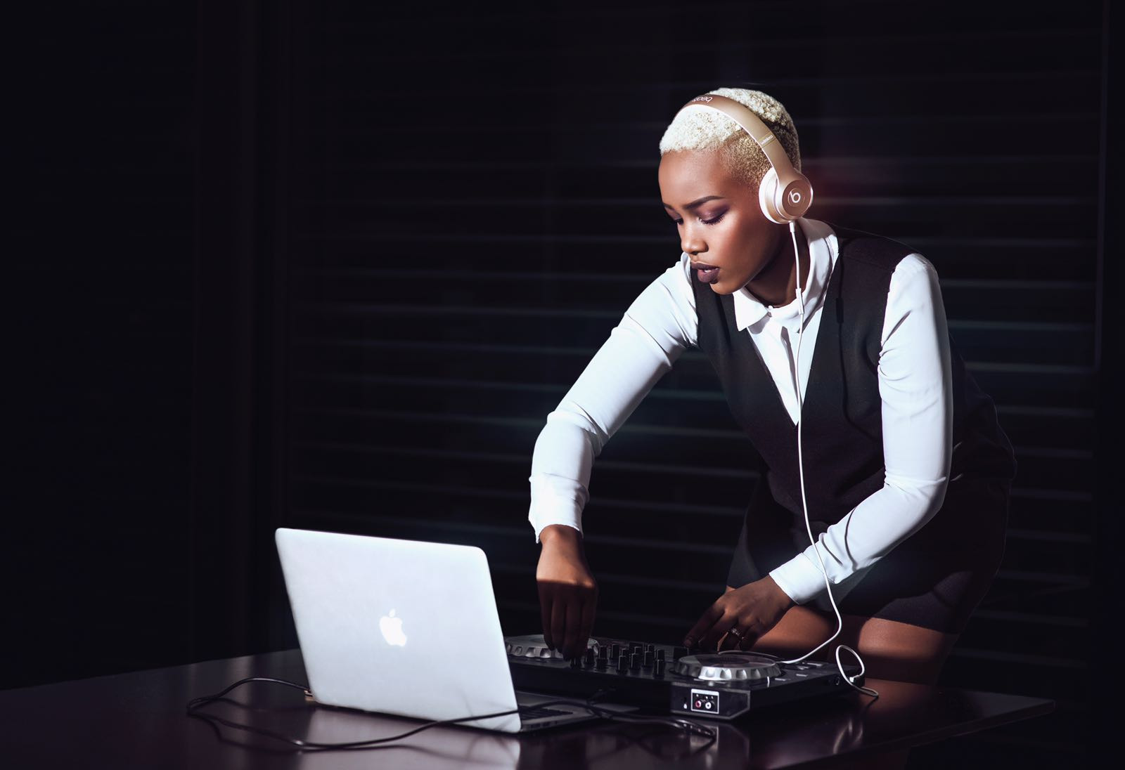19 years old, cool woman and DJ, meet Landryne Uwimana a.k.a DJ Lala
